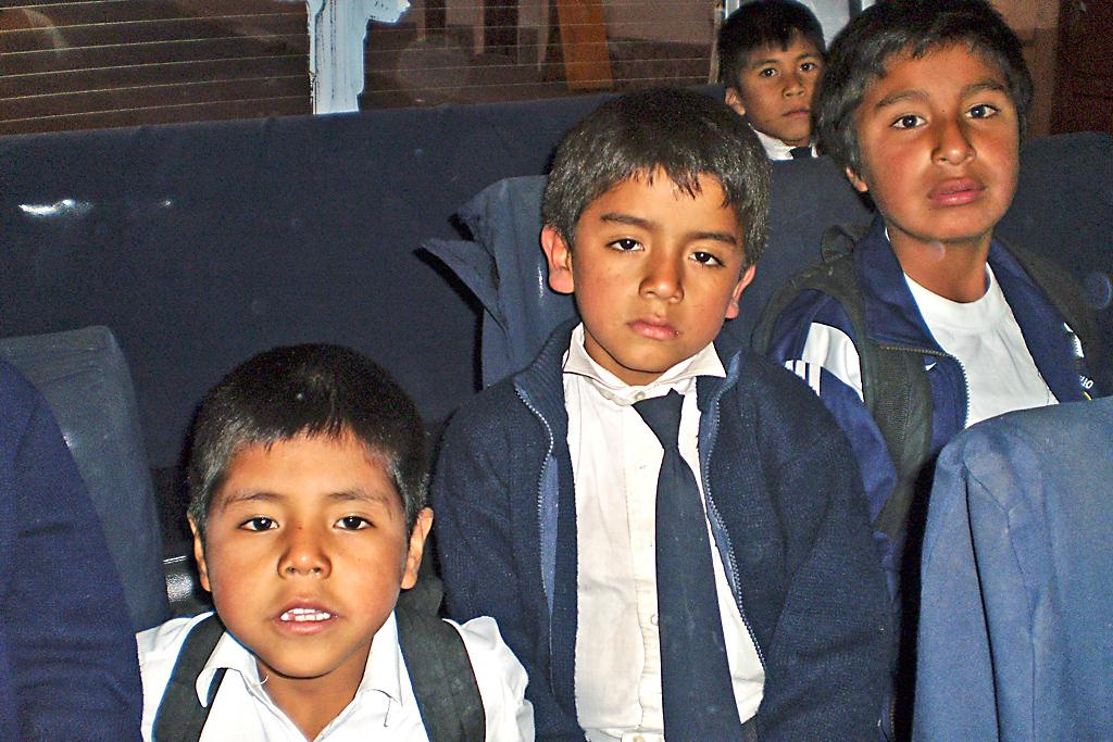 Sucre-(van-al-colegio)